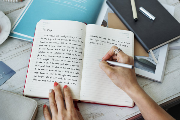 keeping a journal better writer