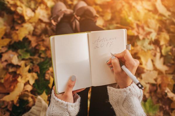 creative writing prompts seasons